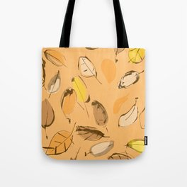 Arbutus leaves Tote Bag