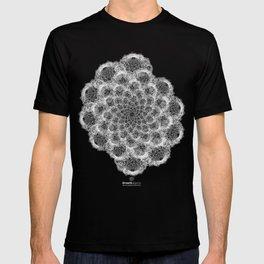 GEOMETRIC NATURE: BROCCOLI b/w T-shirt