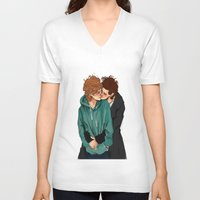 larry stylinson V-neck T-shirts featuring larry violet nature by mrsadfran