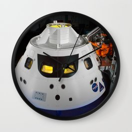 328. Stepping into the Orion Crew Module Wall Clock