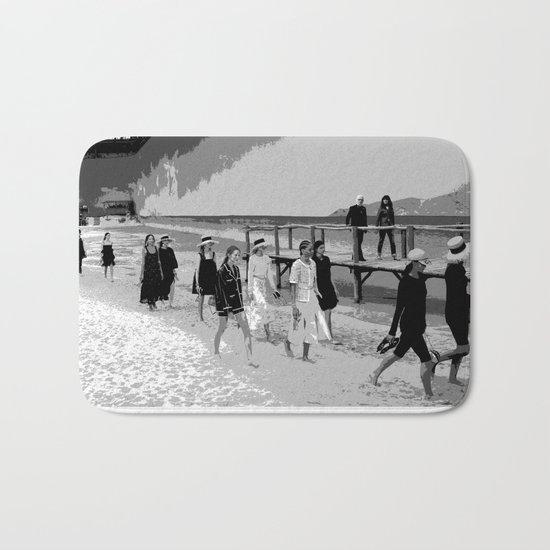 beach looks  karl black and white by aryadesignstudio
