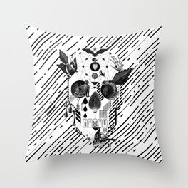 Abstract Skull B&W Throw Pillow