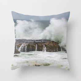 Wave on the rocks Backshore Gloucester Throw Pillow