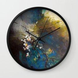 Branche légère dans la tourmente Wall Clock