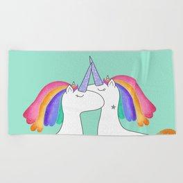 Free love Beach Towel