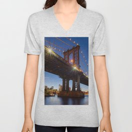 Manhattan Bridge Light night Unisex V-Neck