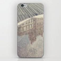 Reflejo iPhone & iPod Skin