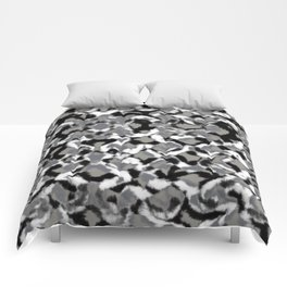 The Gray Chains Comforters