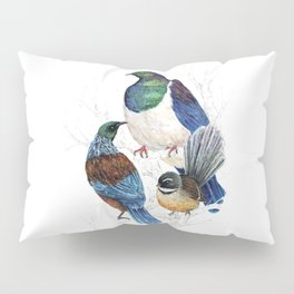 thee birds in a tree Pillow Sham