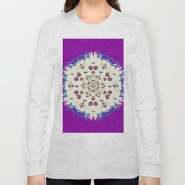 Eyes looking for the finest in life as calm love Long Sleeve T-shirt