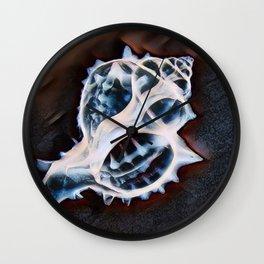 x-ray of King Crown Seashell Wall Clock