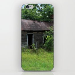 Abandoned Farmhouse front view iPhone Skin