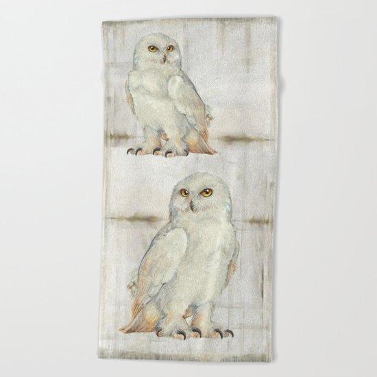 SnowOwl Beach Towel