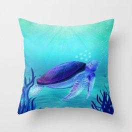 Underwater friends Throw Pillow