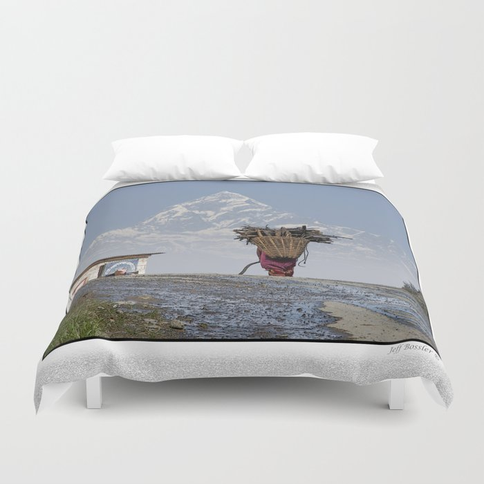 WOOD CARRIER AND MACHAPUCHARE IN NEPAL Duvet Cover