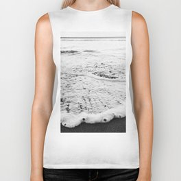 Rushing in - black white Biker Tank