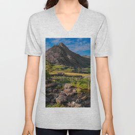 Tryfan Mountain Valley Unisex V-Neck
