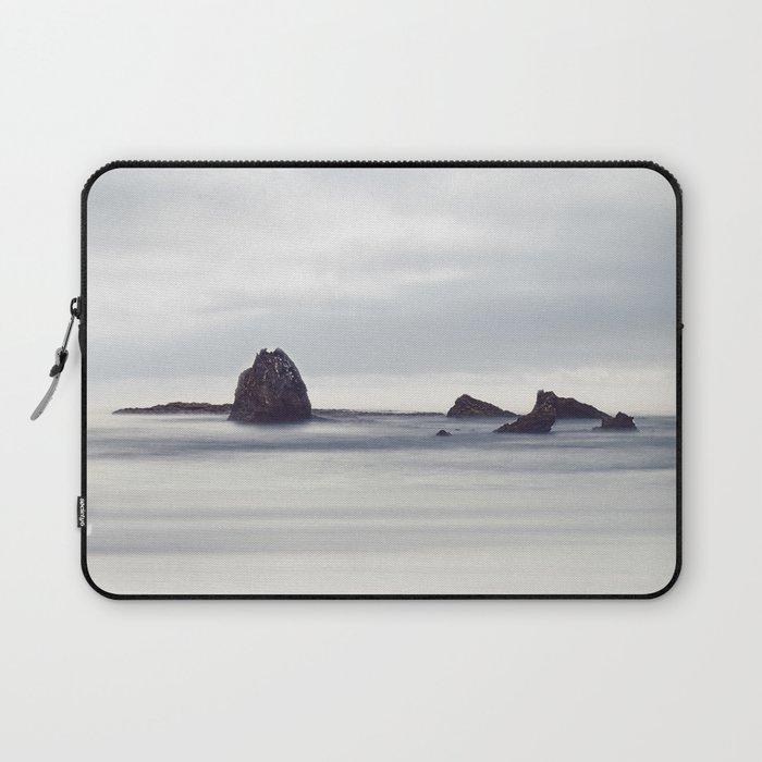 Sea rocks Laptop Sleeve