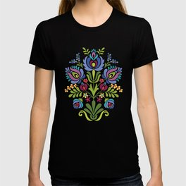 Hungarian Folk Design Violet T-shirt