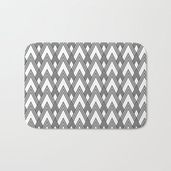 Minimal pattern Bath Mat