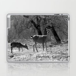 The doe and young buck... Laptop & iPad Skin