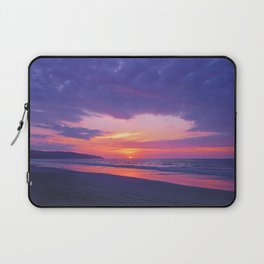 Broken sunset by #Bizzartino Laptop Sleeve