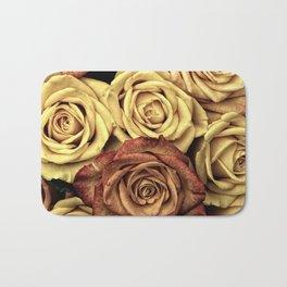 Roses jaunes Bath Mat