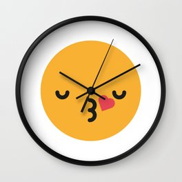 Emojis: Kiss Wall Clock