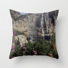 Yosemite! Throw Pillow