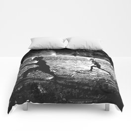 RUN ON MARS - black 17 Comforters