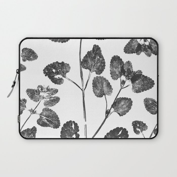 Dead Leaves Laptop Sleeve