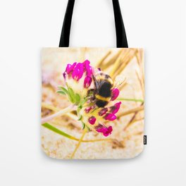 bumble been on a dune flower Tote Bag