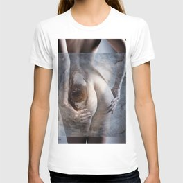 The looking eye T-shirt