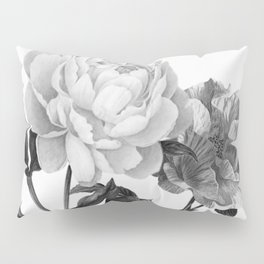 grayscale roses Pillow Sham