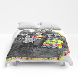 THE SIX GRANDMOTHERS IN PIXELATED PLAID Comforters