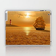 Homewards into the harbor Laptop & iPad Skin