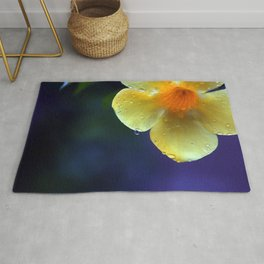 A drop of yellow Rug