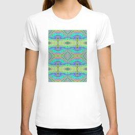 Flowing Life Art Fractal 1 Quad T-shirt