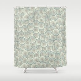 Folie de Dandelion Shower Curtain