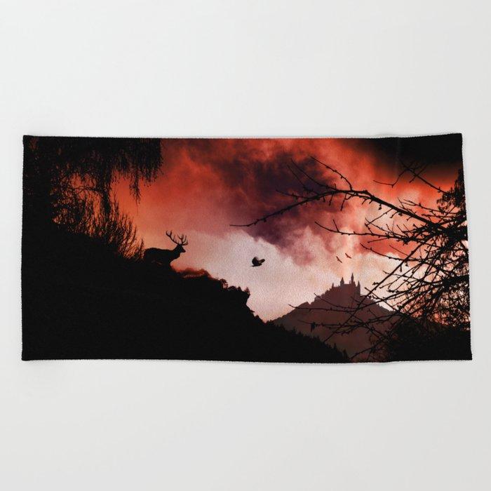 Dramatic cloudy scenery Beach Towel