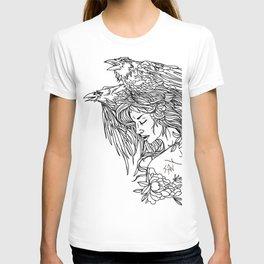 Queen of crows T-shirt