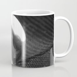 Net and light Coffee Mug