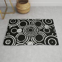 Chalk Circle Pattern Rug