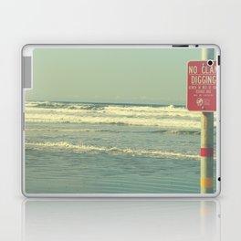 No Clam Digging Laptop & iPad Skin
