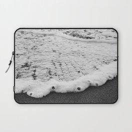 Rushing in - black white Laptop Sleeve