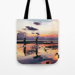 Maldivian sunset 2 Tote Bag