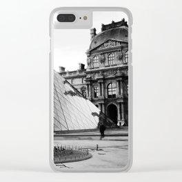 Pyramide de Louvre Clear iPhone Case