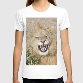The laughing lion T-shirt