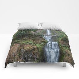 Multnomah Falls, Oregon Comforters
