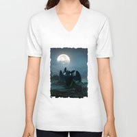 daenerys V-neck T-shirts featuring TOOTHLESS halloween by kattie flynn